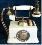 French Telephone Novelty Radio