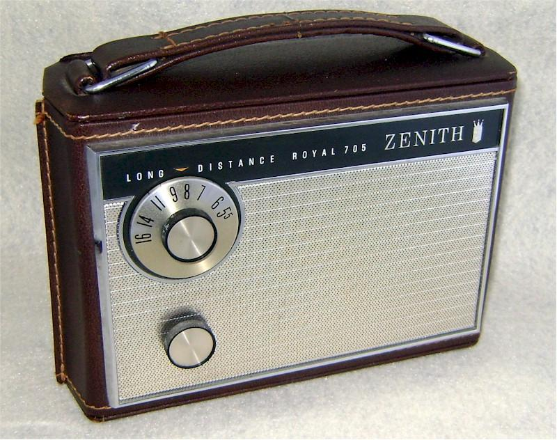 Zenith Royal 705 Portable (1963)