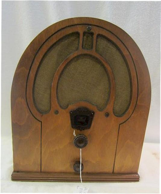 Philco 80 Cathedral