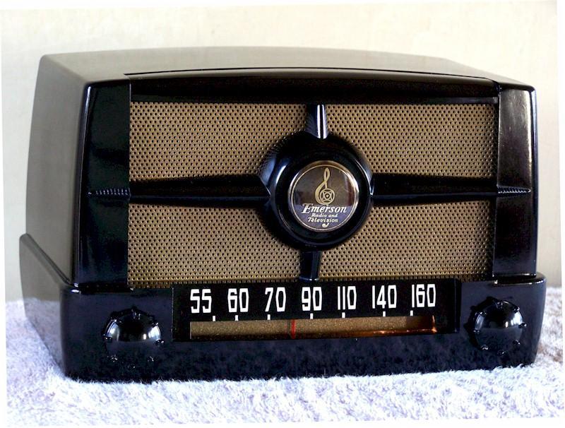 Emerson 587B (1949)