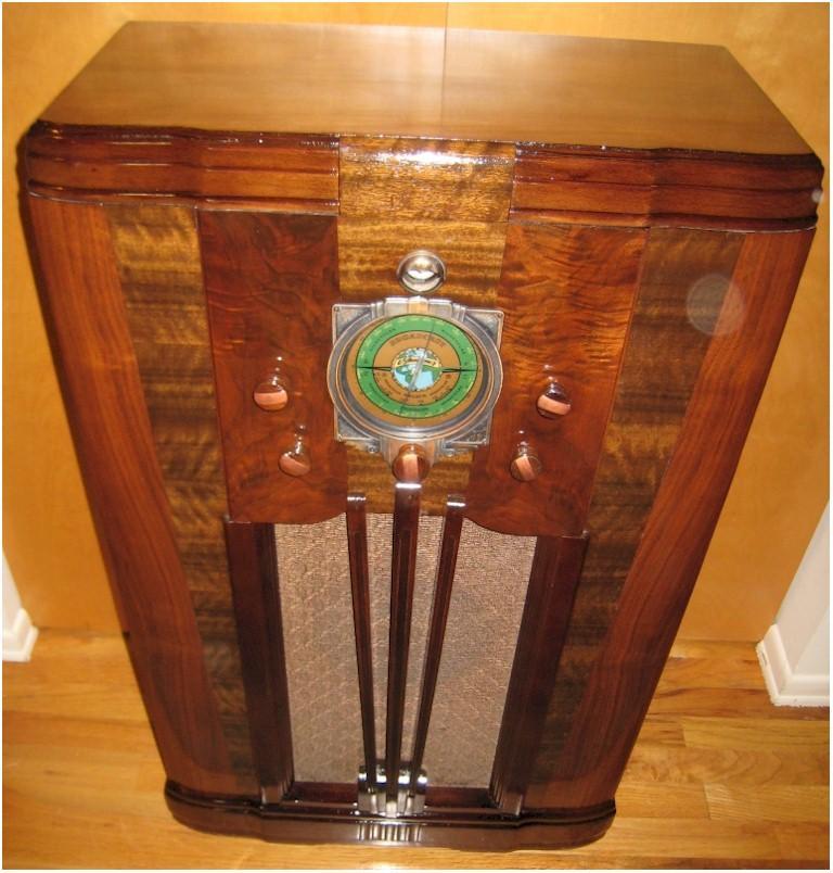 Silvertone 1965 Console (1936)