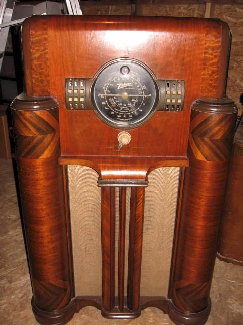 Zenith 7-S-363 Console (1939)