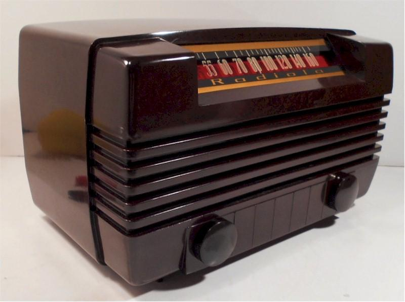 Radiola 61-8 (1947)