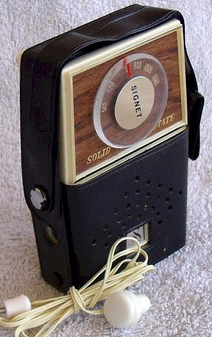 Signet Pocket Transistor Radio G018 (late 60s)