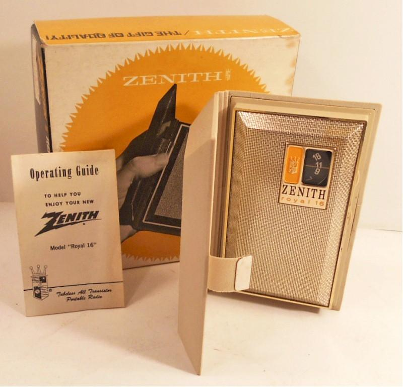 Zenith Royal 16 R-16L Transistor (1960s)