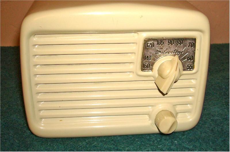 Silvertone 132.818-1 (1949)