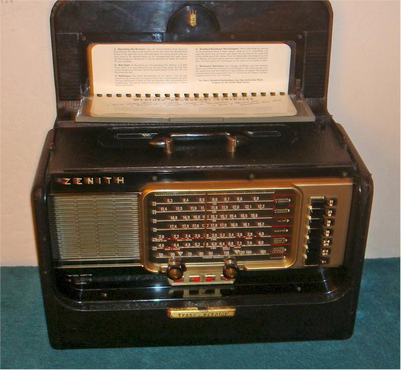 Zenith L600 Trans-Oceanic (1954)