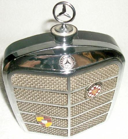 Mercedes Benz Radiator Grill Radio (1960)