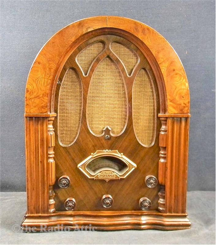 Silvertone 1589 Cathedral (1933)
