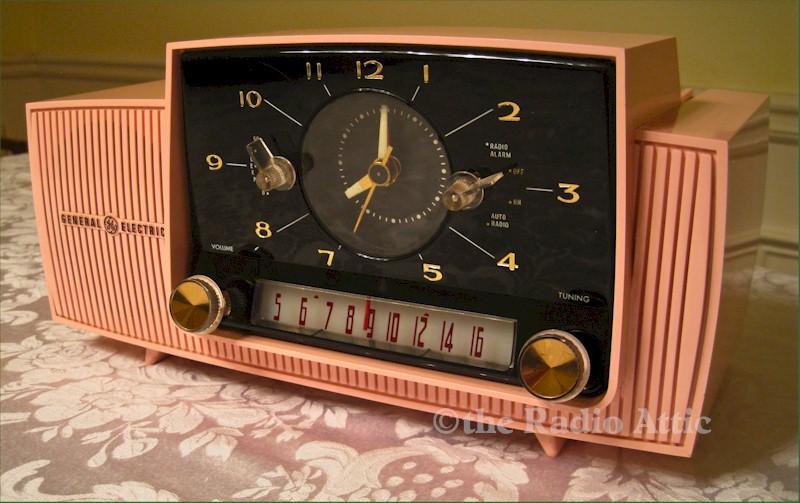 General Electric C-430A Clock Radio (1959)