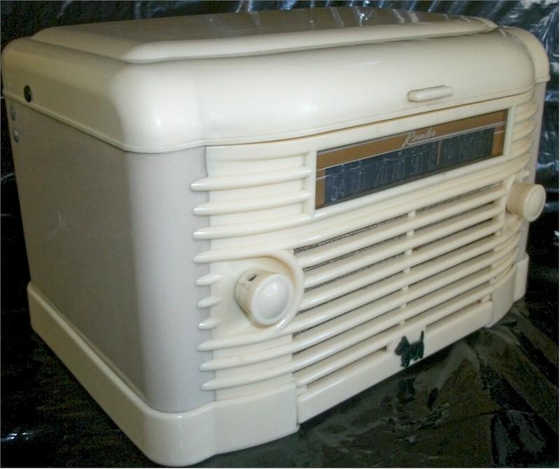 Remler 5300 Radio Record Player (1947)