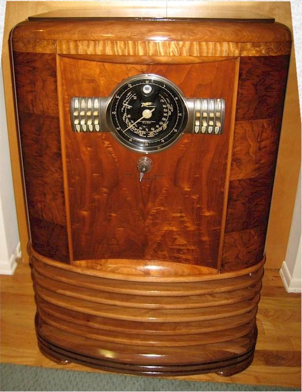 Zenith 9-S-367 Console (1939)
