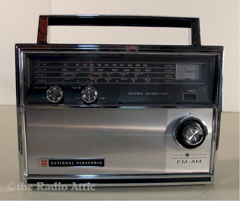 National Panasonic RF-1400 Portable (1965)