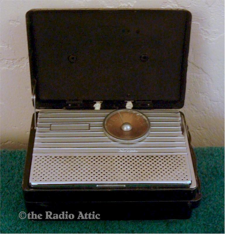 RCA 54B1-N Portable (1946)