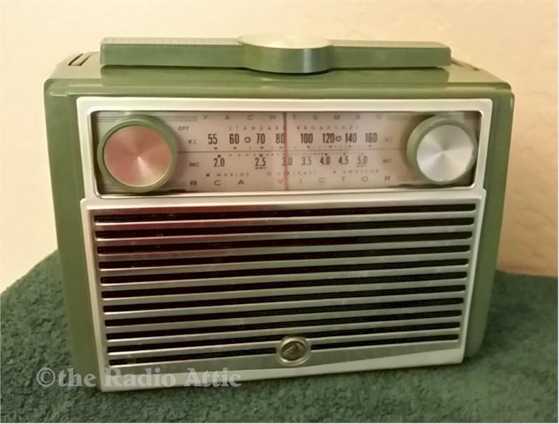 RCA 7BX9H Portable (1956)