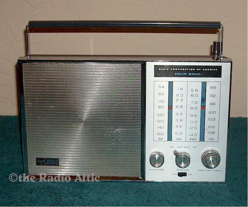 RCA RLM50A Four Band Portable