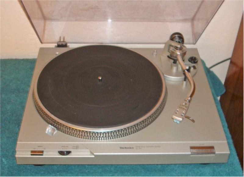 Technics SL-D1 Turntable (1980)