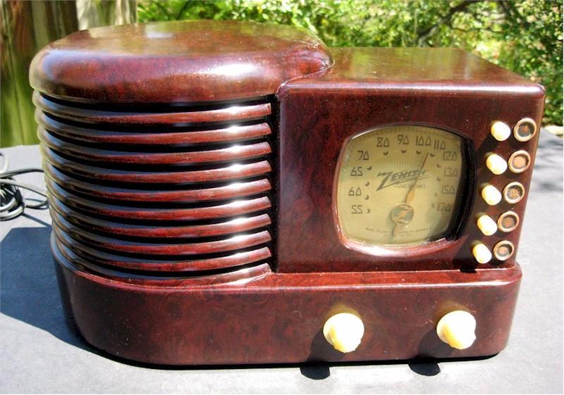 """Zenith 6-D-312 """"Beehive"""" (1939)"""