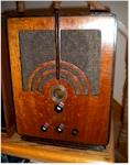 "Philco 66B ""Early"" Tombstone (1934)"