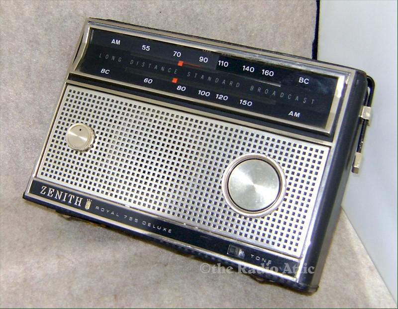Zenith Royal 755 Portable