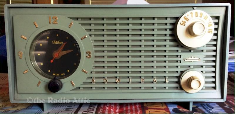 Admiral Y1189 Clock Radio