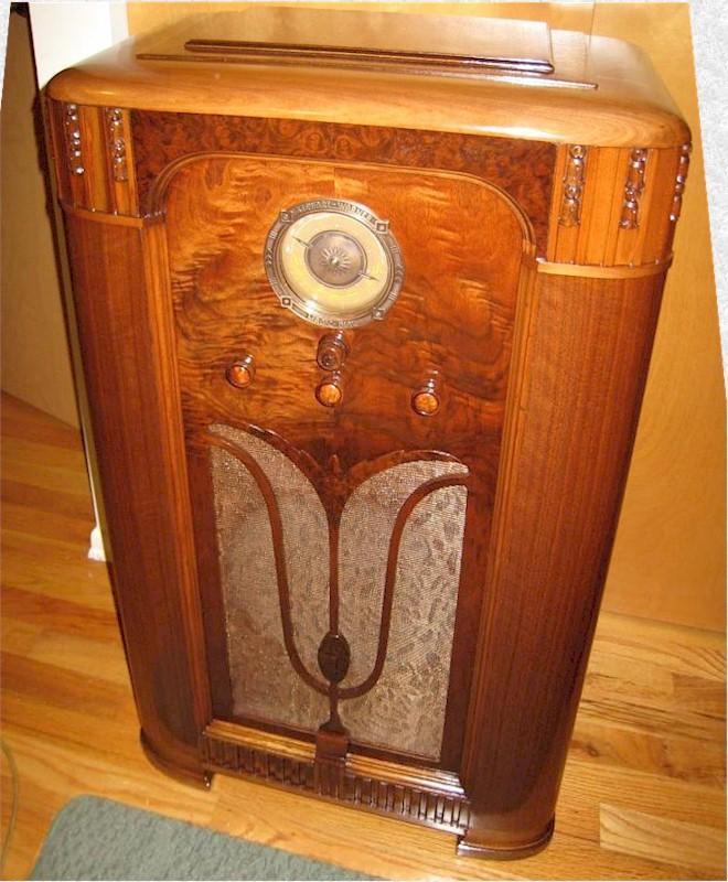 Stewart-Warner R1365A Console (1934)
