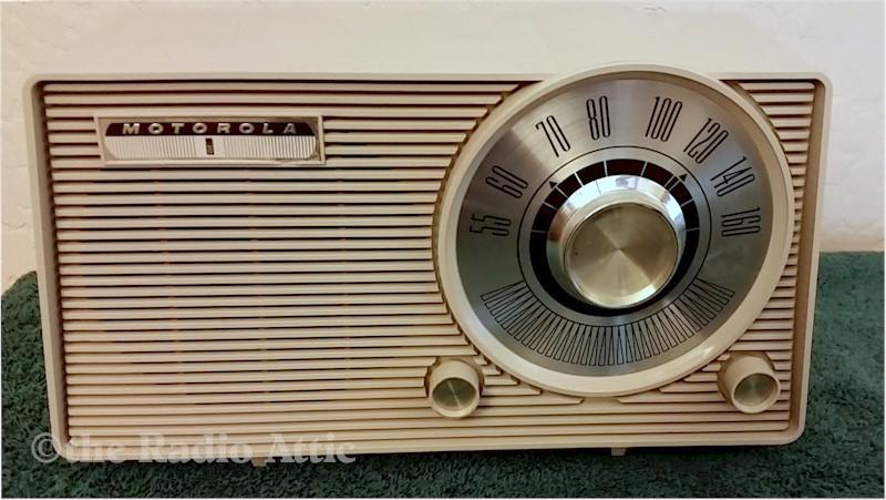 Motorola A24 (1962)