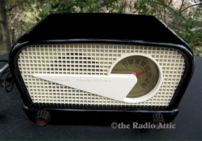 "Philco 49-503 ""Flying Wedge"" (1949)"