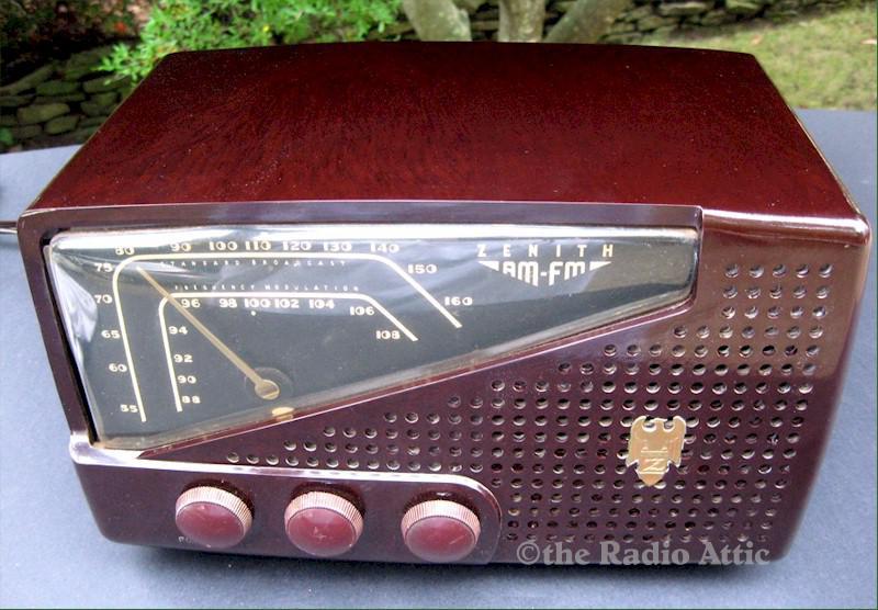 Zenith 7H822 AM/FM (1948)