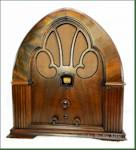 Philco 90C Cathedral (1933)