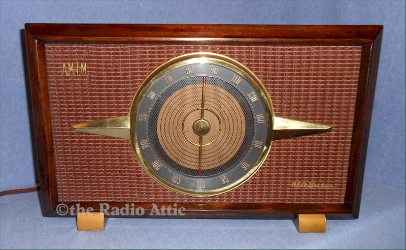 RCA 6-RF-9 AM/FM/Phono (1954)