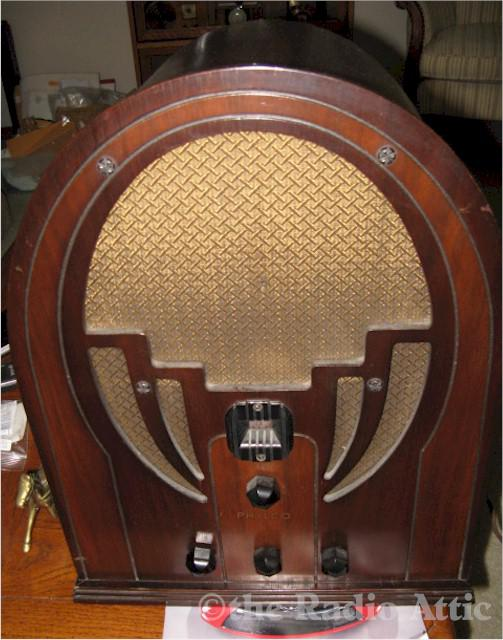 Philco 60 Cathedral (1936)