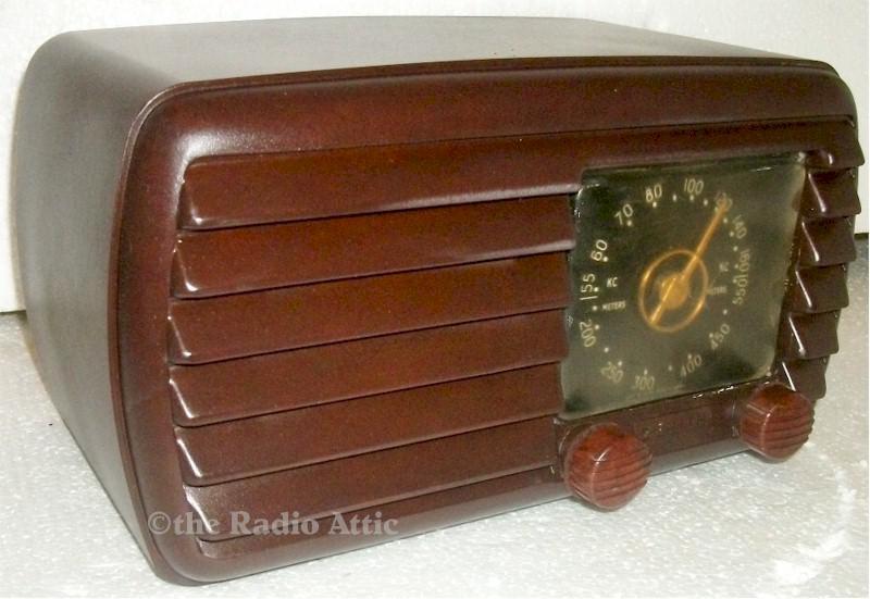 Zenith 5-D-611 (1942)