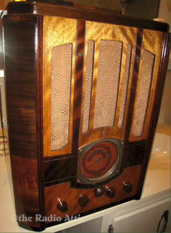 RCA T8-14 Tombstone (1935)
