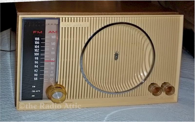 Zenith H845 AM/FM (1964)