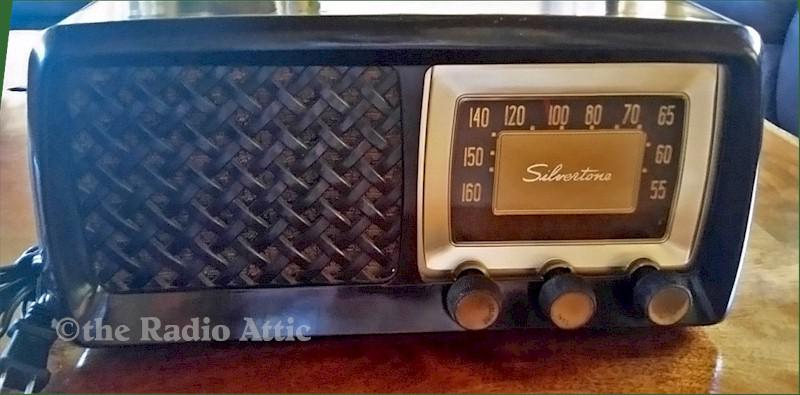 Silvertone Radio (1956)