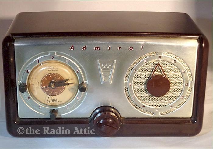 Admiral 5A32 Clock Radio (1952)