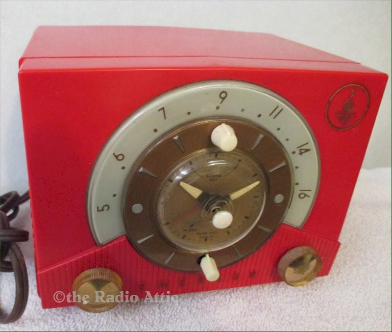 Emerson 724D Clock Radio (1953)