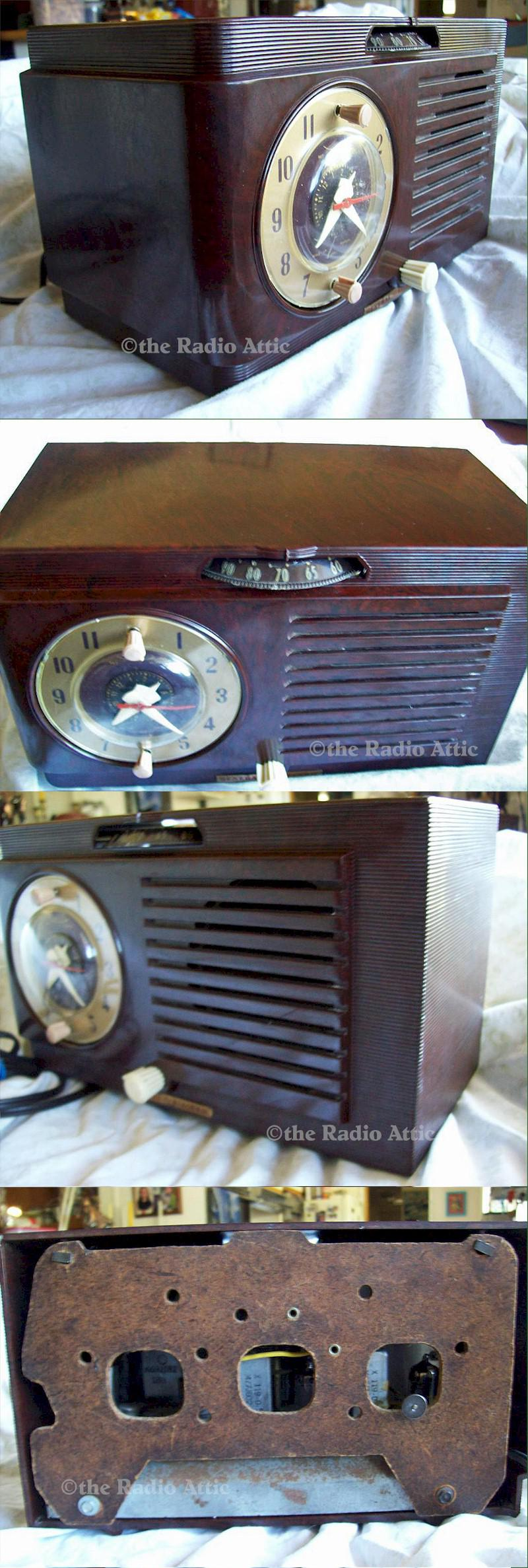 General Electric 514 Clock Radio (1953)