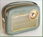 Nordmende Transita G Sterling AM/FM/SW Portable (1960)