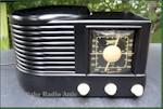 """Zenith 6-D-516 """"Beehive"""" (1941)"""