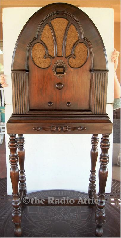 Philco 21 Cathedral with Stand