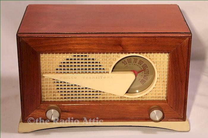 "Philco 49-506 ""Flying Wedge"" (1949)"