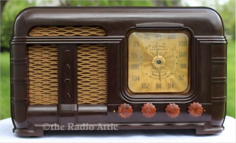FADA 790 AM/FM