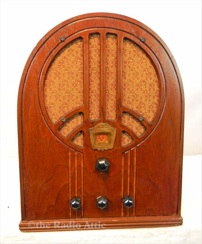 Philco 60B Cathedral (1933)