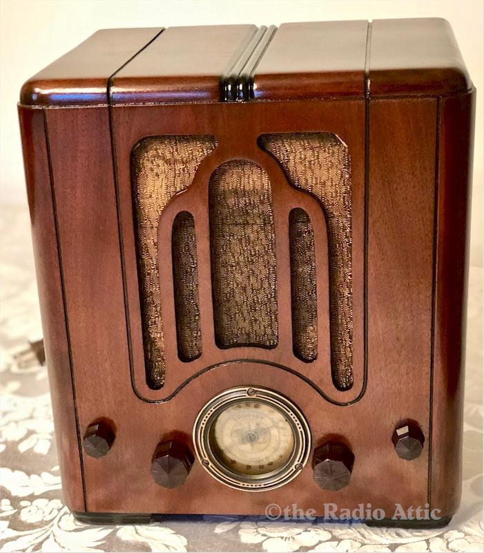 Crosley 515 AM/SW Tombstone (1935)