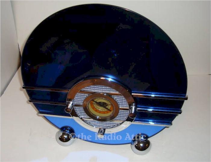 Sparton/Thomas Bluebird Replica AM/FM/Cassette