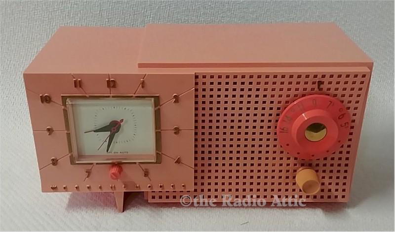 Westinghouse H-540T4-A Clock Radio (1955)