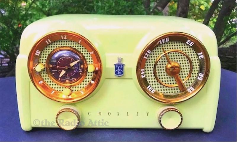 Crosley D-25-CE Clock Radio (1953)
