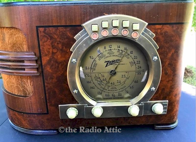 "Zenith 6-S-321 ""Stars & Stripes"" (1939)"